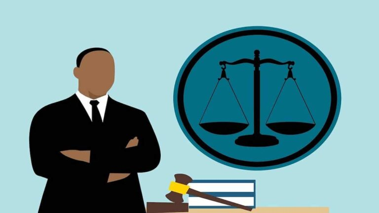 Are Advocates Allowed to do Business in India? Know Here