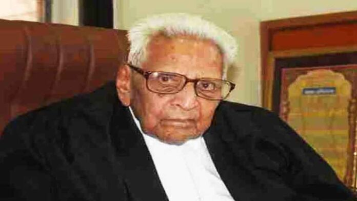 Age is Just a Number: 100-year-Old Indian Lawyer Practising Since 1947 is Attending Virtual Hearings