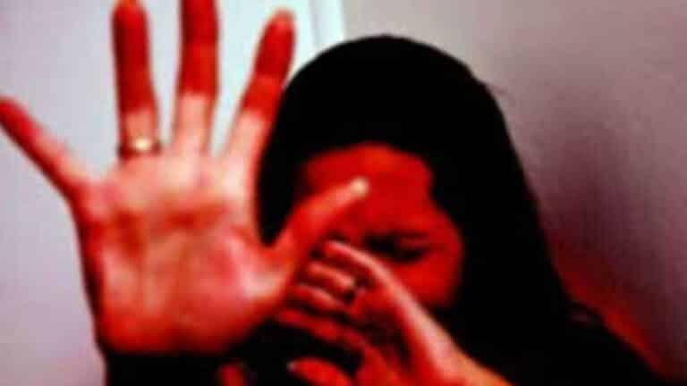 दुनिया में कोई भी बेटी इस बारे में नहीं बताना चाहेगी- हाई कोर्ट ने अपनी ही बेटी से बलात्कार के लिए पिता को गुनहगार पाया